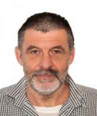 Dr. Claessens Yves