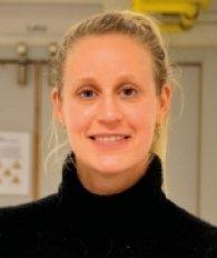 Dr. Karremans Nadine