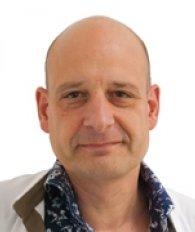 Dr. Vorlat Peter